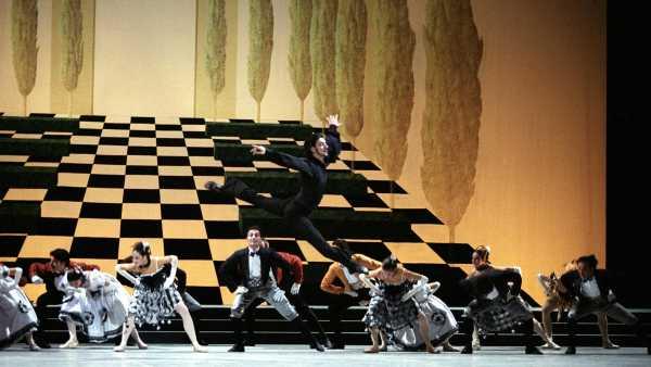Oggi in TV:  Omaggio al balletto - Il pipistrello