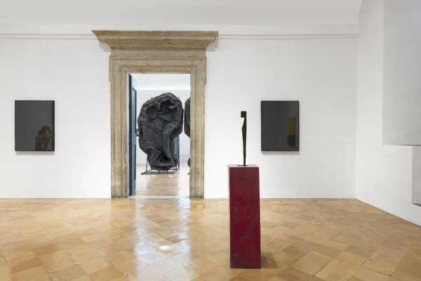 VILLA MEDICI: riapre la mostra I PECCATI di Johan Creten