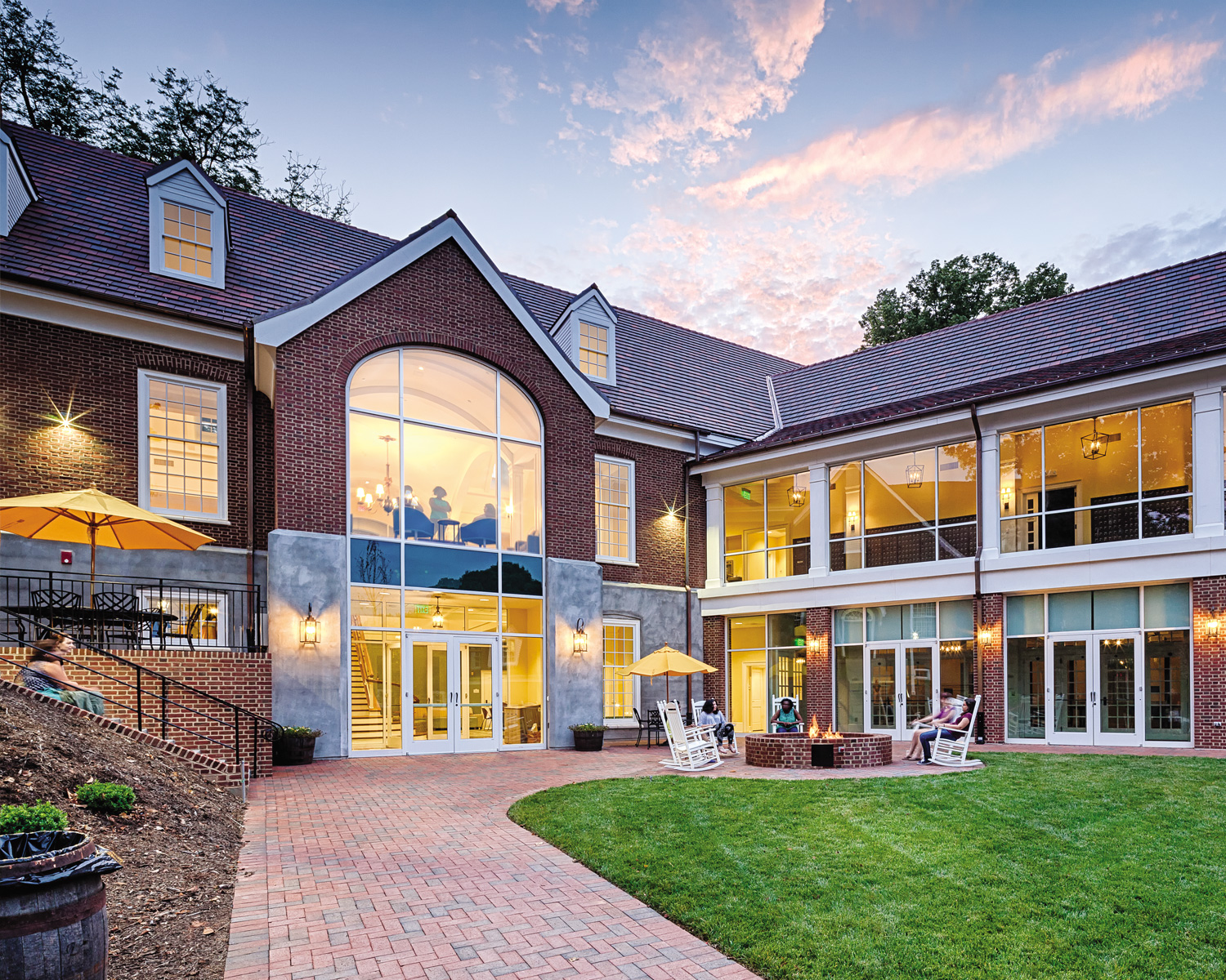 Salem College Blends New Design With Historic Island Of