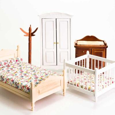 Puppenhausmbel aus Holz  Puppenstuben Mbel