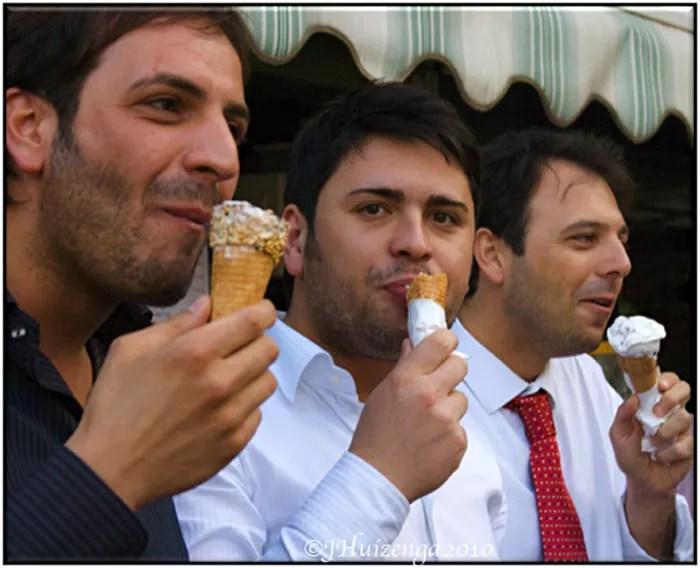 Italian senators scream for ice cream