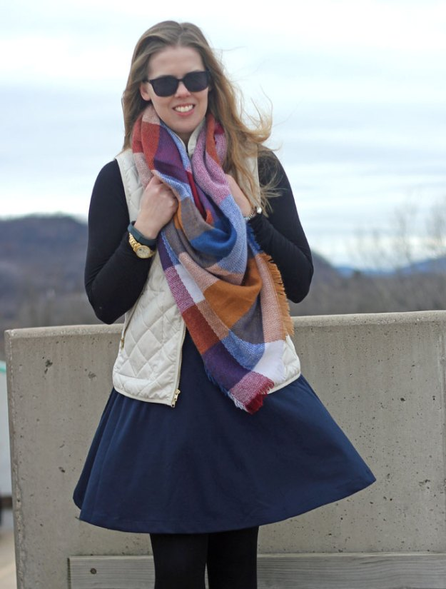 navy-skirt-black-turtleneck-cream-vest-blanket-scarf-3