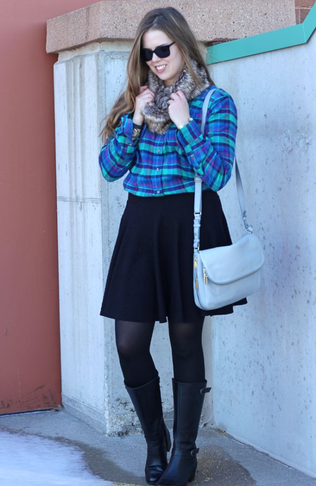 plaid-shirt-black-skirt-fur-scarf