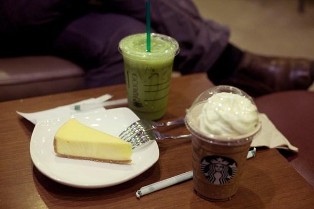Cheesecake, green tea frappucino, hojicha frappucino at Starbucks.