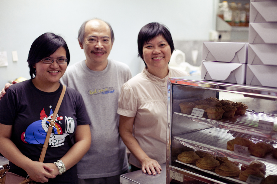 Puey and owners at Oven Marvel.