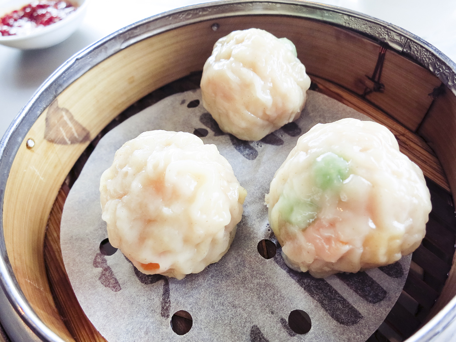 Steamed Shark's Fin Dumpling at Tian Fu Tea Room by Si Chuan Dou Hua in Singapore.