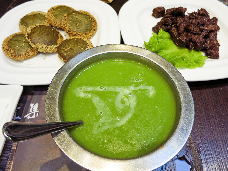 Green Tea Cake (绿茶饼), Mutton Ribs (想吃羊排), and Pea Paste Soup (青豆泥) at The Grandma's (外婆家), Hangzhou. Photo by Ade.