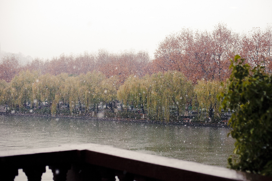 First snow over West Lake, Hangzhou.