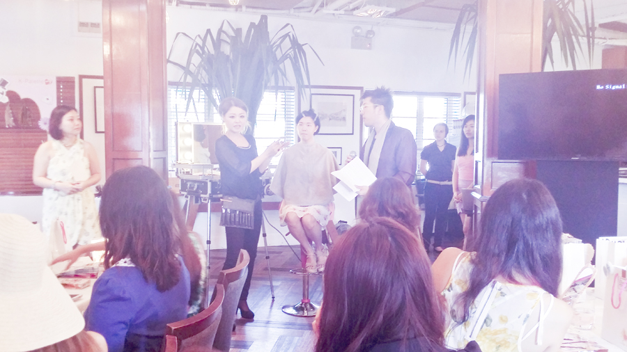 Make-up artist Miho-san demonstrating the K-Palette 1 Day Magic beauty products during the K-Palette Magic Beauty Workshop at the Boathouse Restaurant.