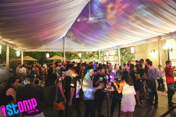 Party at Oktoberfest The Beer Garden Singapore Fullerton Hotel. Photo by Stomp.