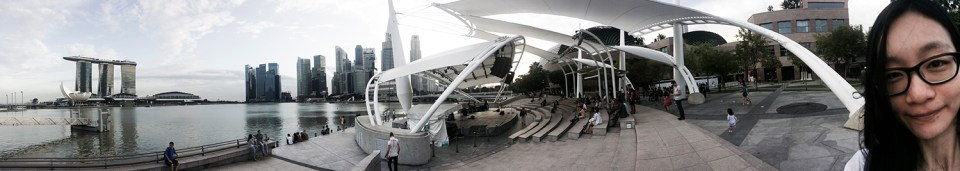 Panorama of the Singapore River at the Esplanade.