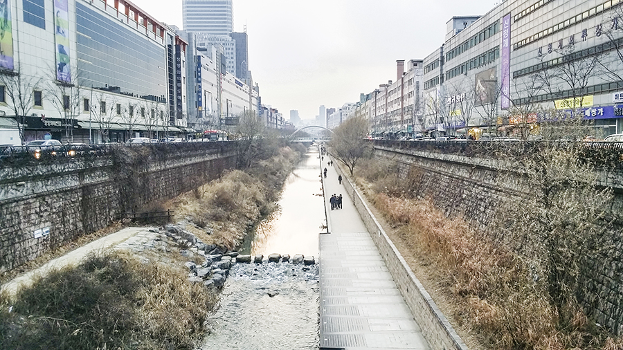 Cheonggyecheon, Seoul, South Korea.