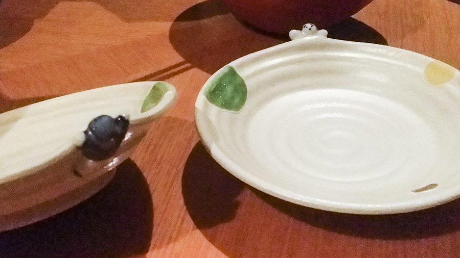Cute plates at Momoyama, Lotte Hotel, Myeongdong, Seoul, Korea.