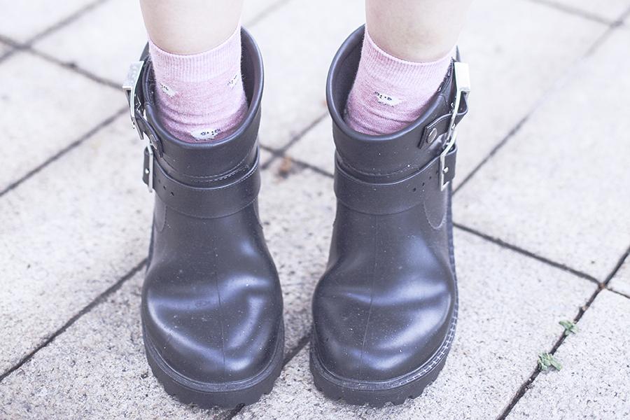 Dav black rubber rain boots