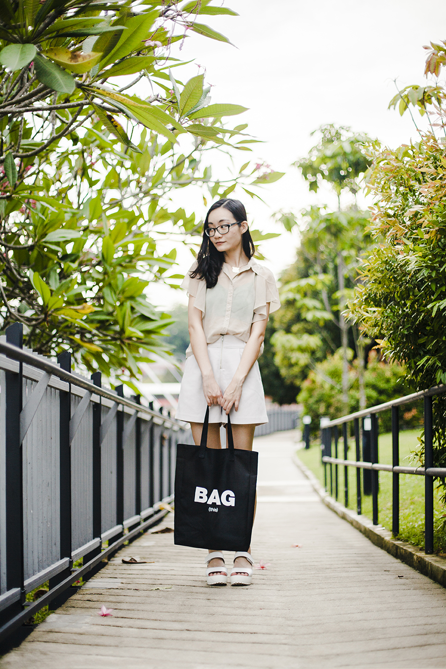 Forever 21 green bra & tan chiffon blouse, Lowry's Farm shorts, Bag (this) black tote, Gap black frame glasses, Taobao white platform sandals.