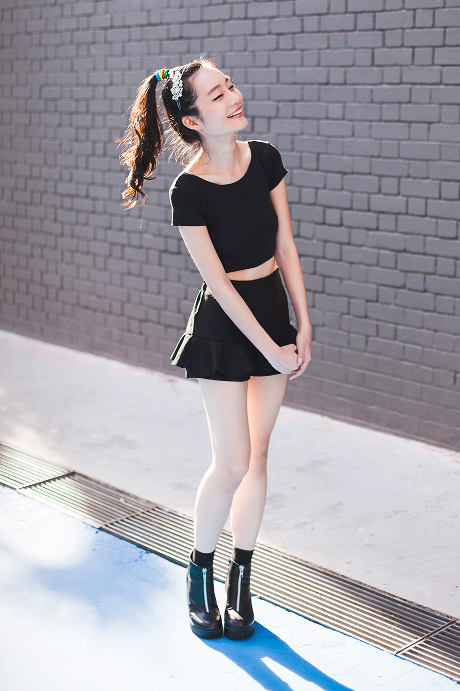 Irresistible Me Isis Headband outfit: DressLink black crop top, black culottes from Bangkok, black crew socks from Taobao, Rubi black platform boots via Zalora, multicolor hair ties from Luxola.