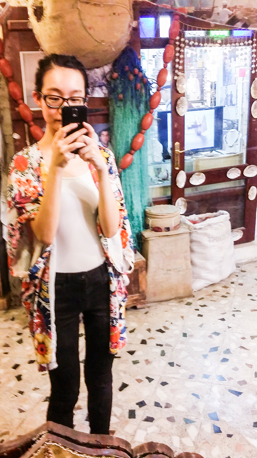 Mirror selfie in front of handicraft shops at Souq Waqif (سوق واقف), Doha, Qatar.