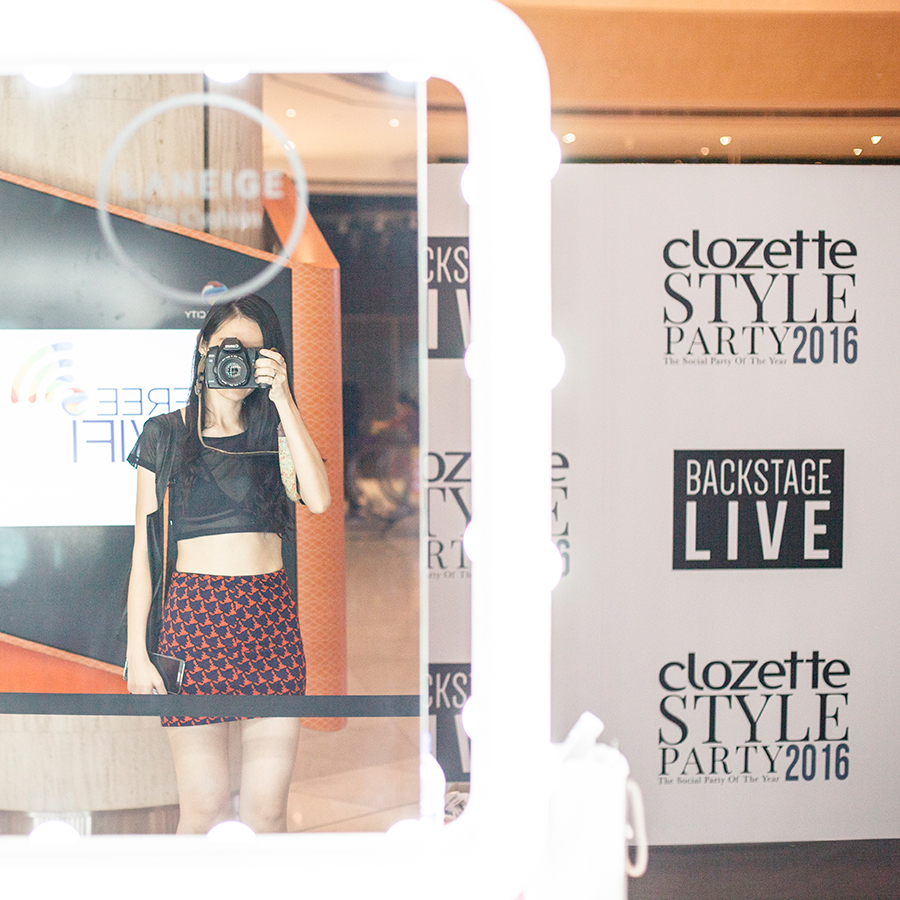 Mirror selfie at a Laneige makeup table at Clozette Style Party 2016 in Suntec City. #ClozetteStyleParty