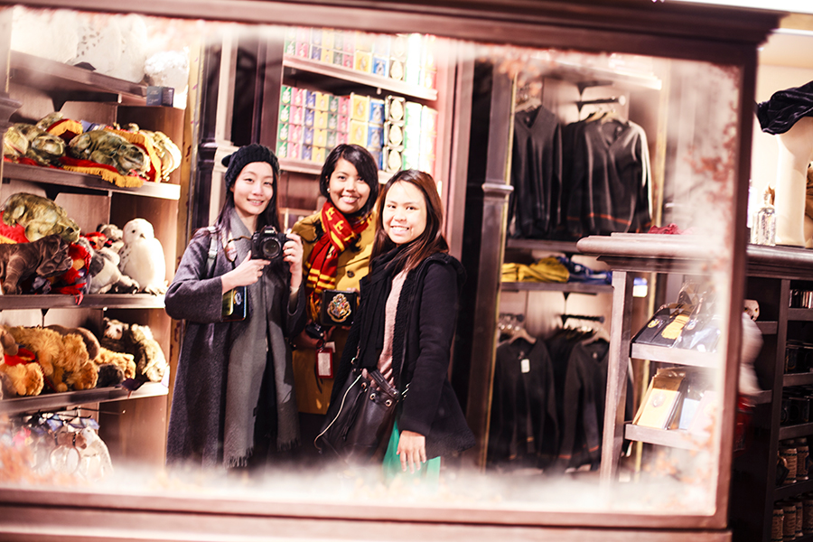 Mirror selfie at the Harry Potter souvenir shop at Universal Studios Japan, Osaka.