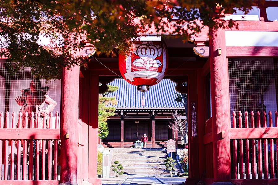 Shrine entrance at Fushimi Inari in Kyoto, Japan.