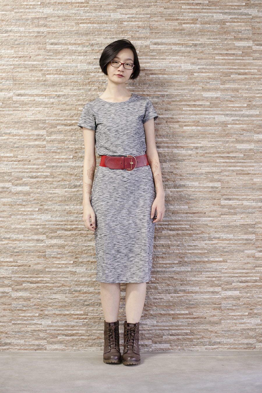 Cotton On heather grey bodycon midi dress, Steve Madden boots, Accessorize red belt, Firmoo glasses.