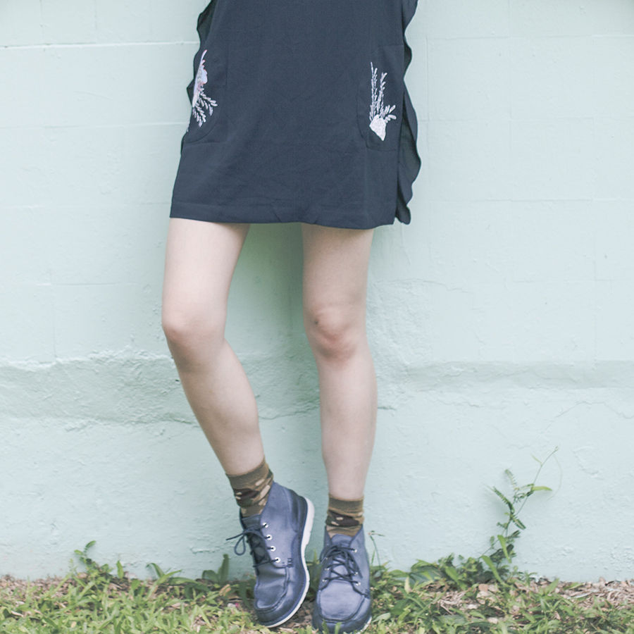 Jucy Judy Love Floral Side Ruffle Dress, Stance camouflage socks, Timberland Men's Brewstah Chukka Boots.