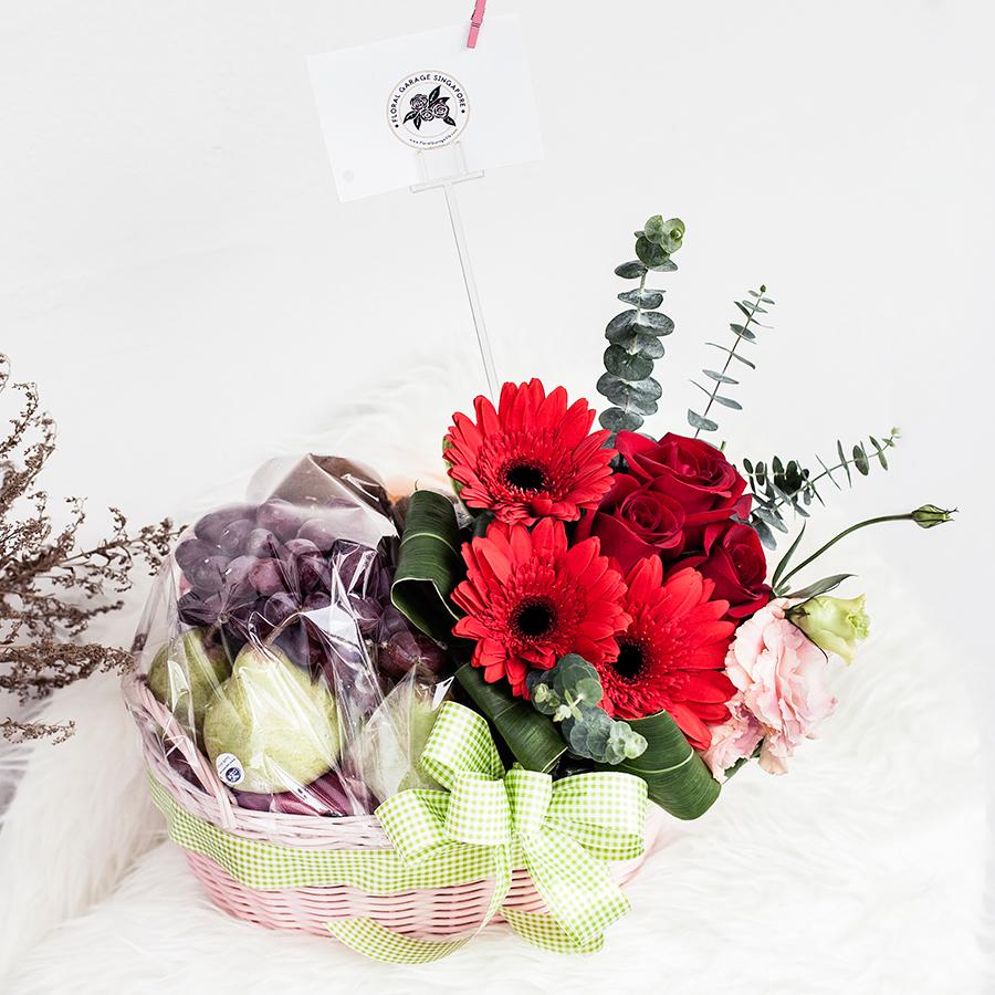 Floral Garage SG Fruit Hamper.
