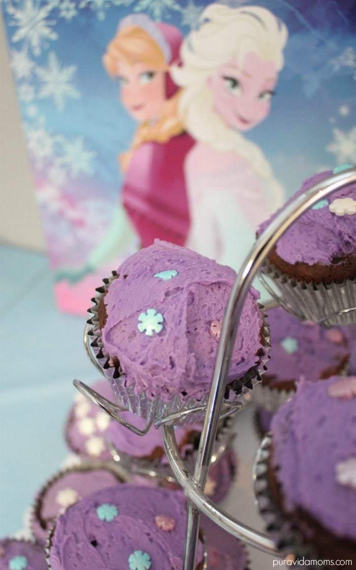 Frozen Birthday Party Cupcakes