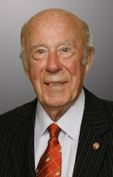 George Shultz profile photo