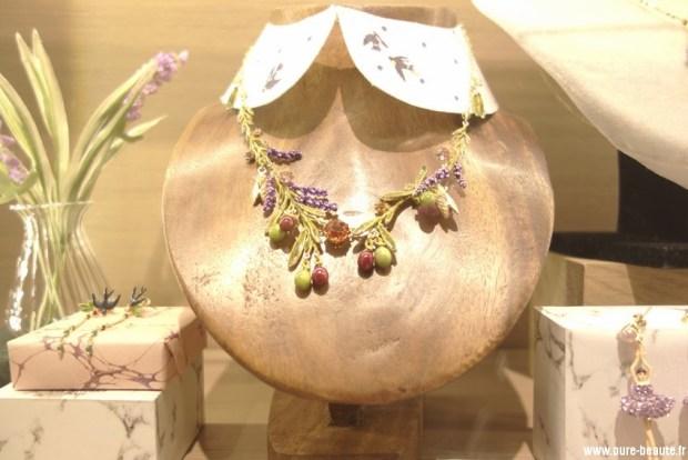 les nereides collier-multi-olives-brins-de-lavandes-cigales-et-feuilles