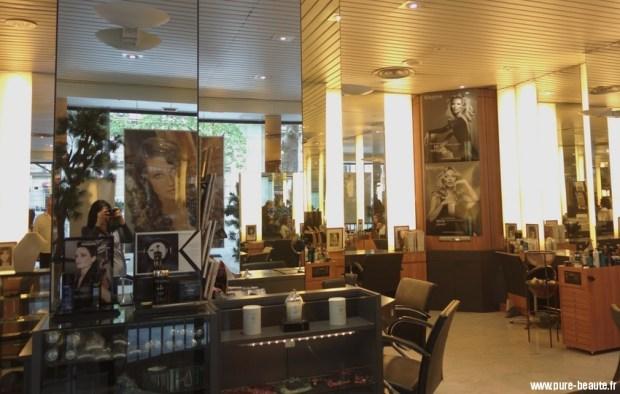intérieur salon coiffure saberny
