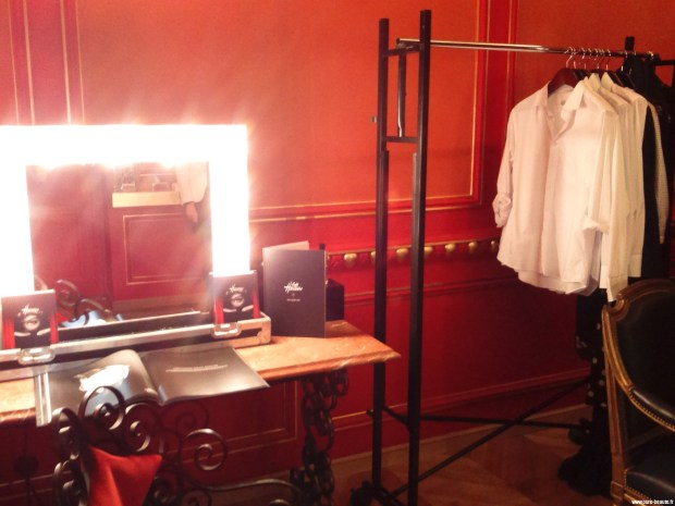 Atelier de maquillage dans le Studio Harcourt