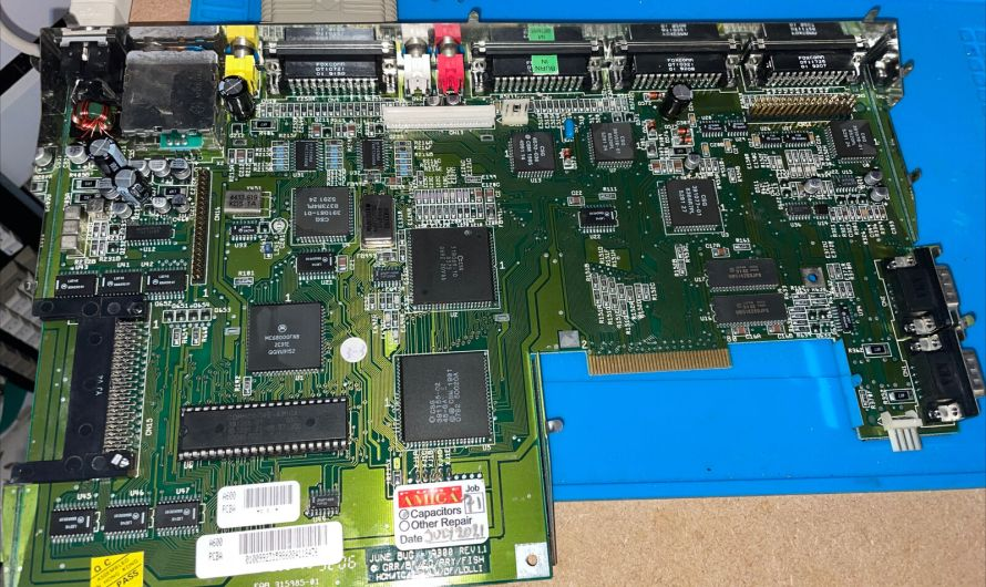 Amiga 600 PAL Motherboard REV 1.1 Recapped 07/21. Ultrasonically Cleaned 07/21