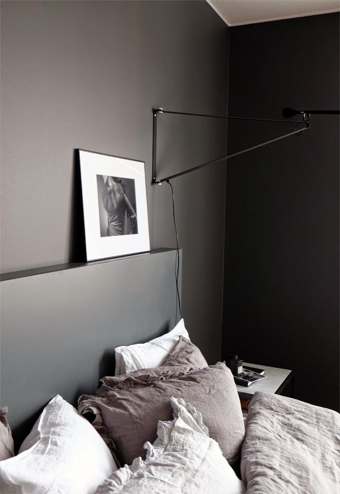 Interieur kleur donkere kleuren in de slaapkamer stijlvol styling woonblog - Kleur voor een kamer ...