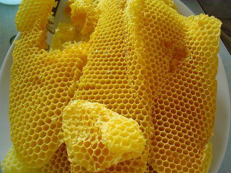 bijen was