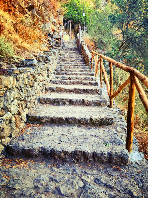 stairs up to agia cave, crete