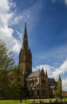 salisbury-cathedral-spire