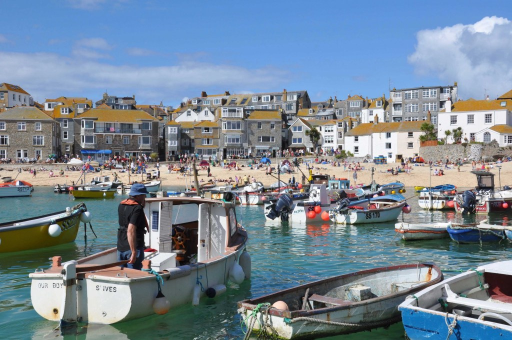 Exploring St. Ives Harbour