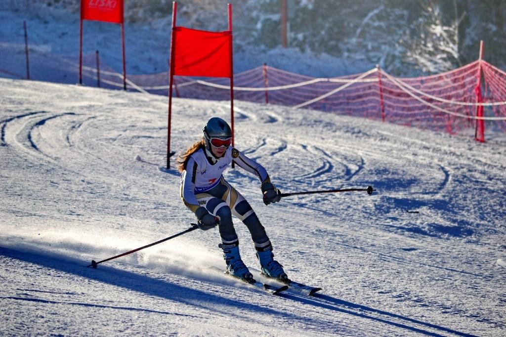 Skiing and snowboarding in Romania