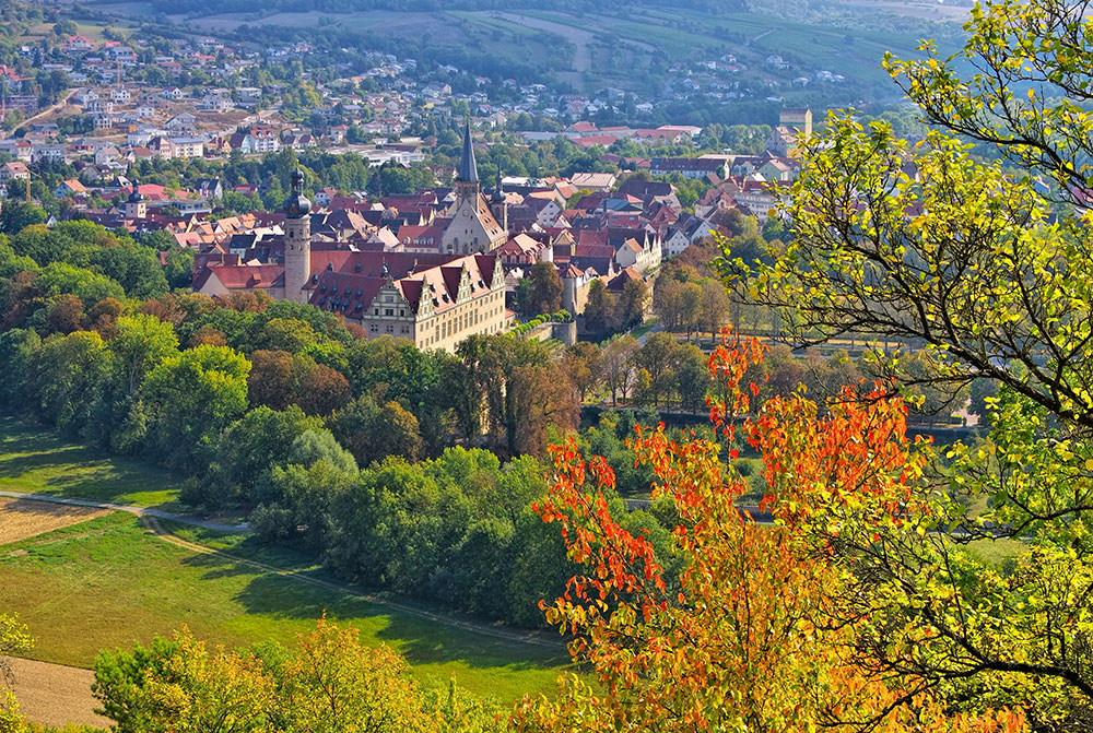 The town Weikersheim in autumn colours