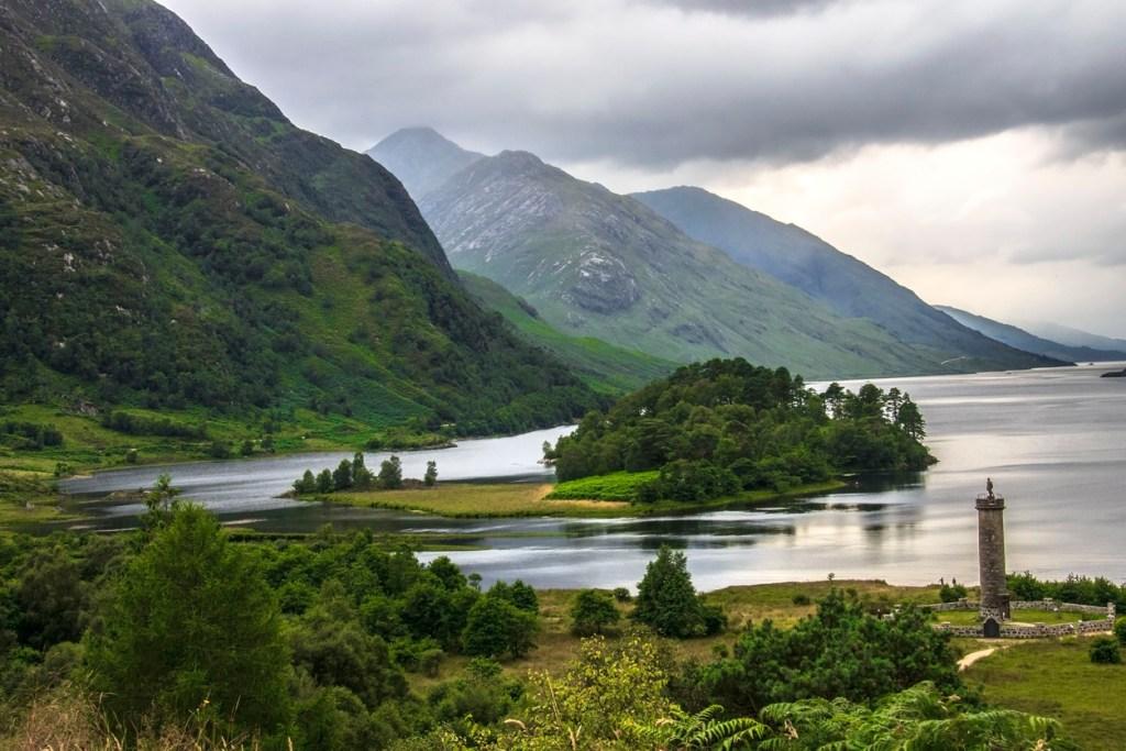 Glenfinnan Monument at the edge of Loch Shiel. Scottish Highlands.