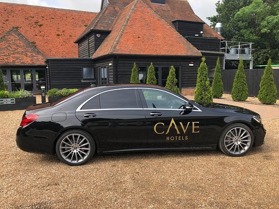cave-hotel-and-golf-resort-car
