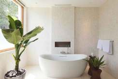 6.-Noku-Beach-House---Designer-ensuite