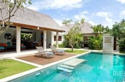 Villa Nakula - Pool and Villa