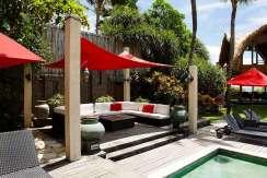 7.-Villa-Maridadi---Entertain-by-the-pool