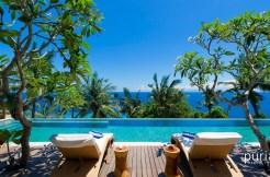 Malimbu Cliff Villa - Pool with view