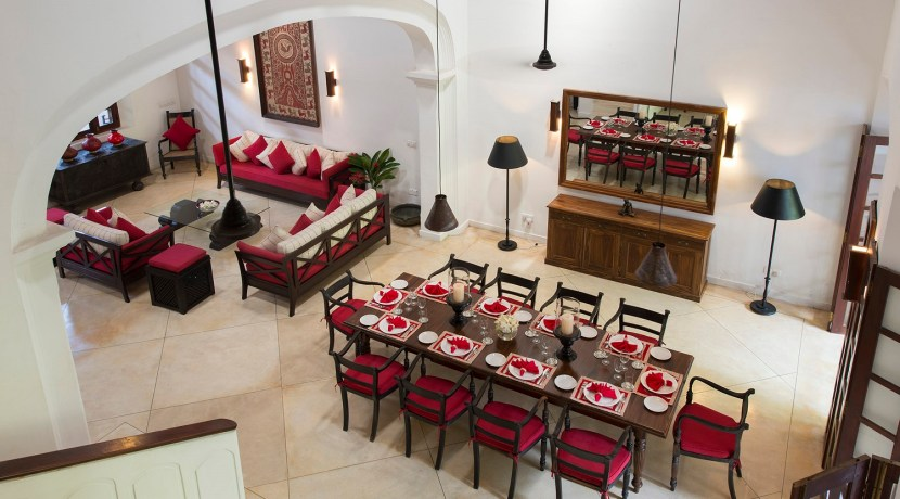 No. 39 Galle Fort Villa - Dining and Living Area