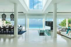 8.-Grand-Cliff-Front-Residence---Living-room-heart