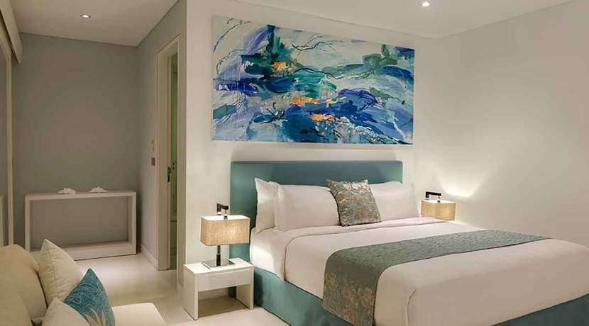 Grand-Cliff-Front-Residence---Blue-bedroom