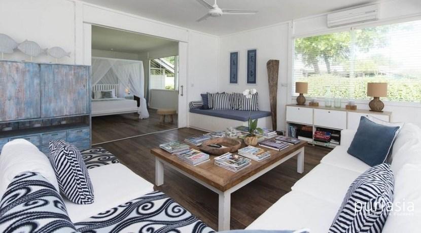 The Beach Shack Villa - Living Room